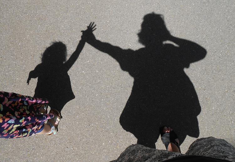 Mummy & Daughter Shadow